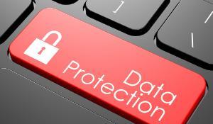 etoro-data protection ecrit sur une touche de clavier